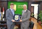 جامعة الاسكندرية تستقبل السفير البريطاني بالقاهرة