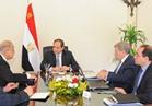 السيسي يكلف وزير المالية بمتابعة المؤشرات الاقتصادية ويوجه الحكومة بتوفير السلع الرمضانية