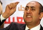 تجمع العشرات أمام قسم الدقي للتضامن مع المحامي خالد علي