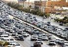 بالفيديو ..المرور: كثافات مرورية متوسطة نسبياً على معظم الطرق والمحاور بالقاهرة