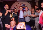 صور  شعبولا والجنايني وياسر عدوية يحتفلون بعيد ميلاد كريم الشاعر