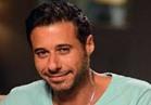 """أحمد السعدني عن وفاة والده: """"شائعة سخيفة"""""""