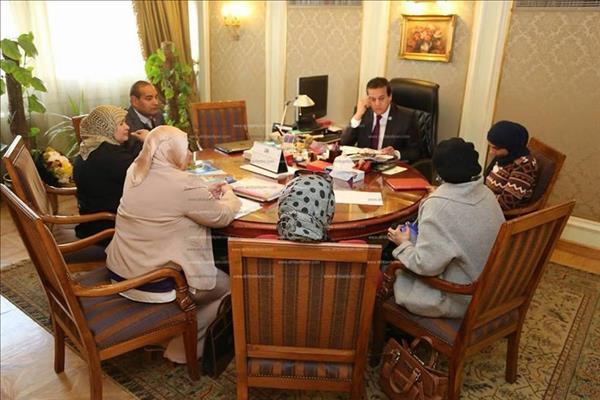 وزير التعليم العالى يبحث تطوير العمل داخل اللجنة الوطنية المصرية لليونسكو