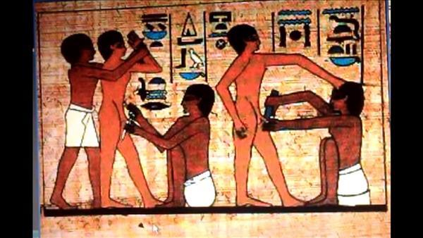 «مسحوق اللبان والنبيذ».. أبرز طرق علاج الفتاة بعد «الختان»عند الفراعنة