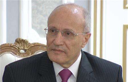 وزير الانتاج الحربى محمد العصار