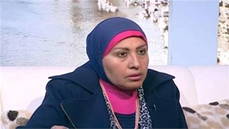 الكاتبة سامية زين العابدين