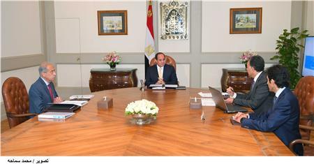 الرئيس السيسي يلتقي رئيس الوزراء ووزير النقل