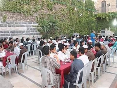 «الأزهر» يقيم مائدة إفطار لطلابه غير المقيمين بالمدينة طوال رمضان
