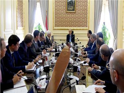 لقاء رئيس الوزراء بوزير الاستثمار البريطاني _ تصوير: أشرف شحاتة