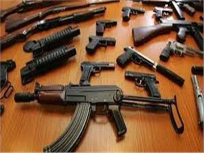 ضبط 152 قطعة سلاح ناري بحوزة 140 متهمًا في حملات أمنية