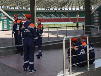 قوات الأمن تجهز ملعب «أخمات أرينا» لاستقبال الفراعنة