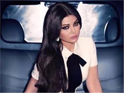هيفاء وهبي تغادر القاهرة بعد الإنتهاء تصوير لعنة كارما