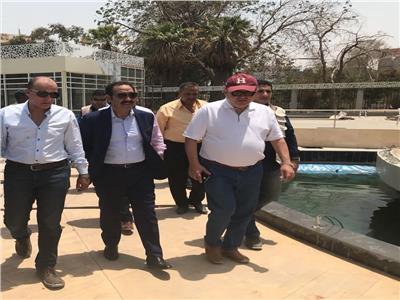وزير قطاع الأعمال العام هشام توفيق يزور حديقة الميريلاند بمصر الجديدة