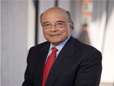 الدكتور عادل محمود