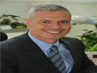 رئيس الشركة القابضة لمصر للطيران