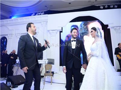 الحلاني مع العروسين