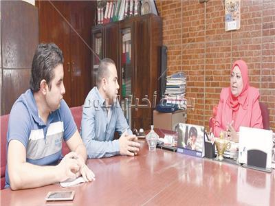 د.سعاد عبد المجيد خلال الحوار - تصوير عصام مناع