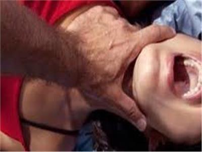 السجن من 5 الى 15 عاما ل 4 ذئاب بشرية اغتصبوا ربة منزل ببنه