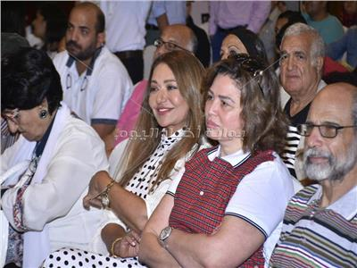 إلهام شاهين وليلى علوي بندوة دريد لحام