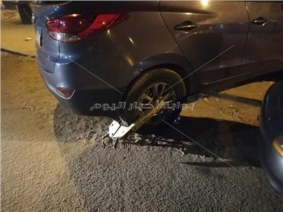 كلبشة سيارة الفنان محمود حميدة