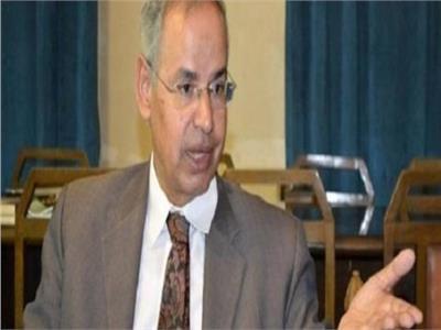 الدكتور محمد الشحات الجندي