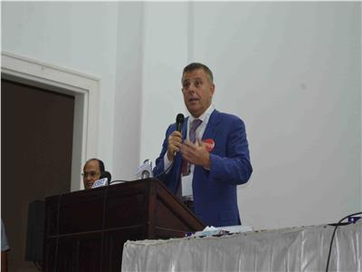 عميد طب عين شمس د.محمود المتيني