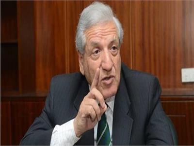 الدكتور فخري الفقي المساعد السابق للمدير التنفيذي لصندوق النقد الدولي