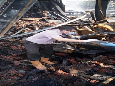 نتيجة الأدلة الجنائية : اهمال عمال مخزن الإطارات بشبين الكوم سبب الحريق