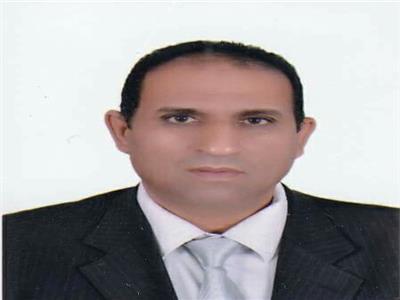 د.أحمد غلاب رئيس جامعة أسوان
