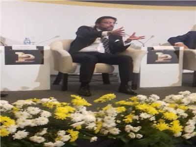 أيمن جمجموم رئيس قطاع الفروع في البنك الأهلي المصري