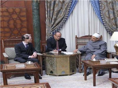 الإمام الأكبر الدكتور أحمد الطيب يستقبل ماسكي نوك سفير اليابان الجديد بالقاهرة