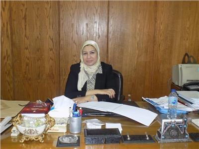 رحاب عبد السلام الأستاذ بقسم اللغة الأسبانية و رئيس اللجنة