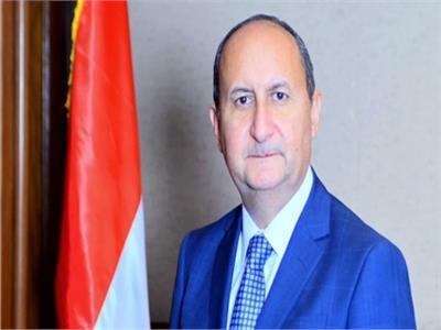 عمرو نصار وزير الصناعة