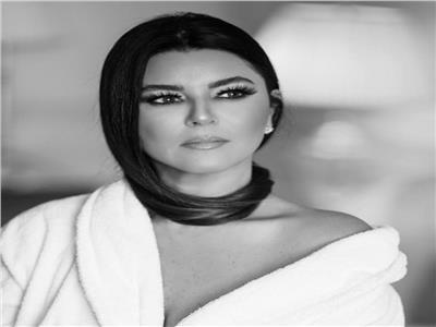 مونيكا بلوتشى العرب