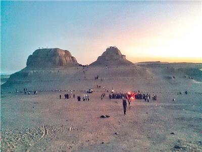 جبل المدورة.. سياحة «بين النهدين» وبحيرات «الملح العالي»