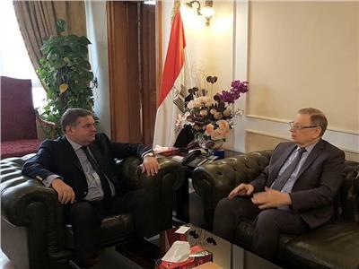 خلال لقاء وزير الأعمال العام  بالسفير الروسي