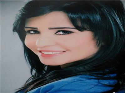 الكاتبة الصحفية حنان موج