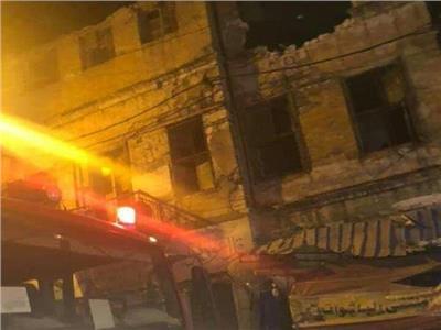 صور  انهيار عقار بالإسكندرية.. والبحث عن ضحايا تحت الأنقاض