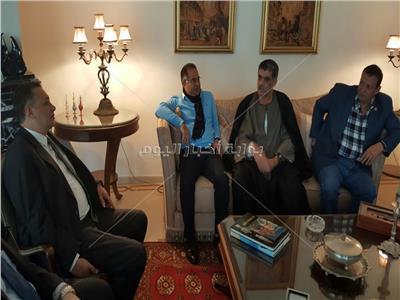 سفير مصر بالمغرب خلال استقباله أعضاء الوفد البرلماني