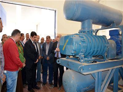 محافظ القليوبية يتفقد اح مشروعات مياه الشرب
