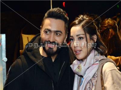 تامر حسني وزوجته