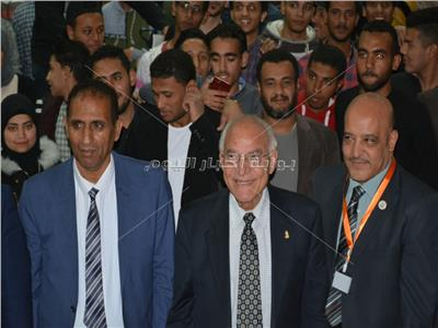 فاروق الباز : جامعة أسوان نواة لممر التنمية