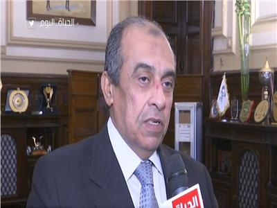 وزير الزراعة واستطلاح الأراضي، الدكتور عز الدين أبو ستيت