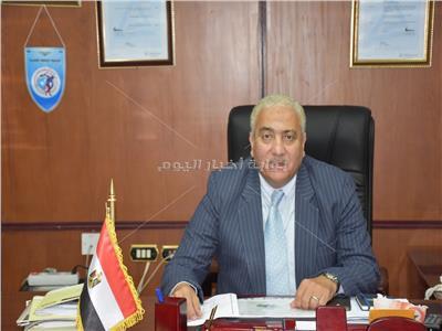 رئيس  جامعة السادات