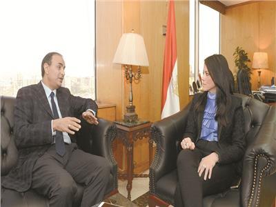 د.رانيا المشاط تتحدث لرئيس تحرير بوابة أخبار اليوم محمد البهنساوي
