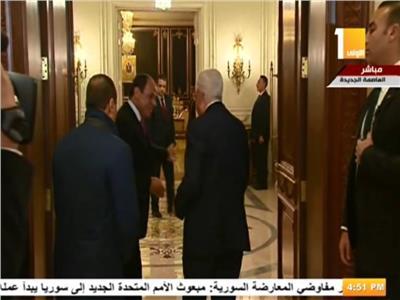 الرئيس السيسي يستقبل أبو مازن