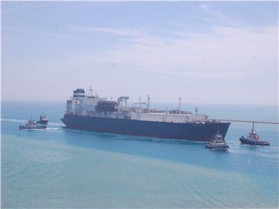 انتظام الحركة الملاحية بموانئ البحر الأحمر وتداول 468 شاحنة