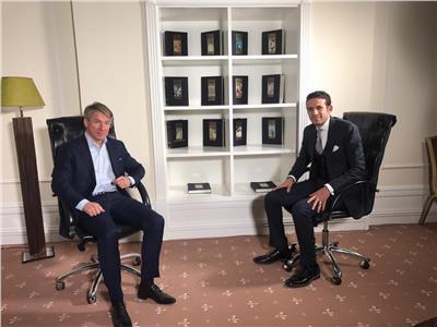 محمد فضل مع مع إليكسي سوروكين رئيس اللجنة المنظمة لمونديال روسيا