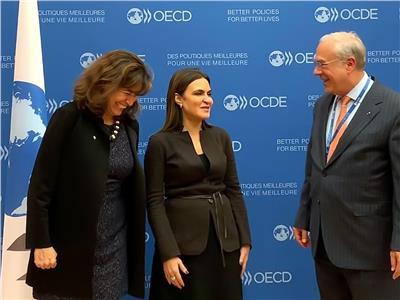 وزيرة الاستثمار تلتقي انجيل جوريا السكرتير العام لمنظمة التعاون الاقتصادي والتنمية