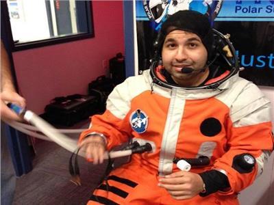 علاج من «الفضاء».. المصري أكرم يحارب «فيروس سي» عبر ناسا